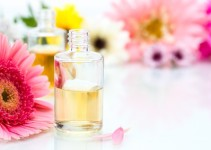 Spa concept with essential oil and Flowers
